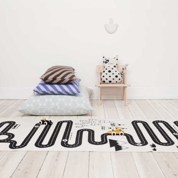 www.decobaby.co.uk OYOY Adventure Rug